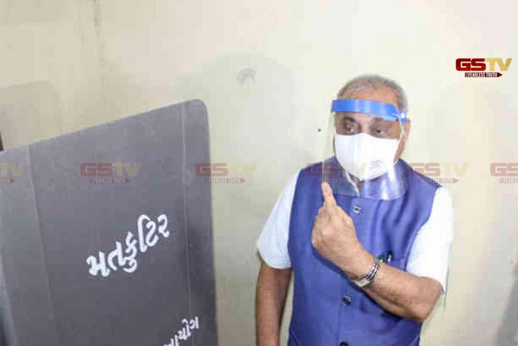 Nitin Patel Voting